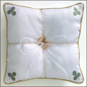 shamrock wedding ring pillow