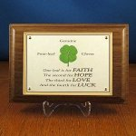 four_leaf_clover_walnut_plaque.jpg