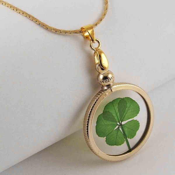 5 Leaf Clover Gold Charm Necklace