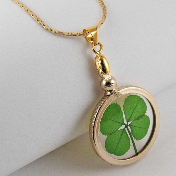 Four Leaf Clover Gold Charm Necklace Click For Larger Image
